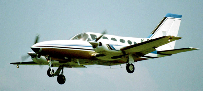 Cessna-421