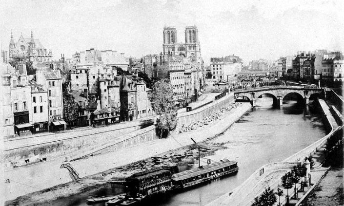 1840 – Notre_Dame_avant_sa_restauration